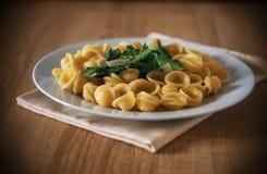 Pasta e piatto delle verdure Immagine Stock