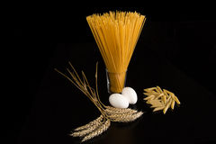 Pasta ed ingredienti Immagine Stock Libera da Diritti