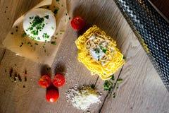 Pasta fresca nella fabbricazione Fotografia Stock