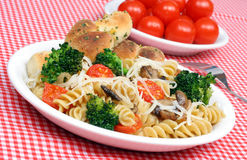 Pasta with Fresh Vegetables Royalty Free Stock Images