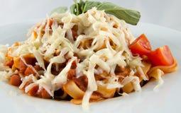 Pasta italiana con parmigiano Fotografie Stock Libere da Diritti
