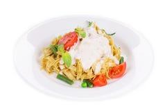 Pasta italiana con Pesto Fotografie Stock Libere da Diritti