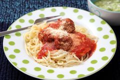 Pasta with meatballs. Some italian pasta with a sauce of tomatoes and meatballs Royalty Free Stock Photo