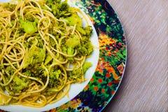 Pasta med broccoli arkivbilder