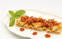 Pasta med meat royaltyfria foton