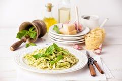 Pasta med pesto Fotografering för Bildbyråer