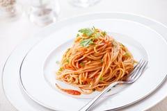 Pasta med tomatsås Arkivfoton