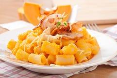 Pasta mezzo Manika with pumpkin Stock Images