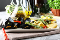 Pasta with mussels and asparagus Royalty Free Stock Image