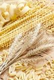 Pasta och korn Arkivbilder