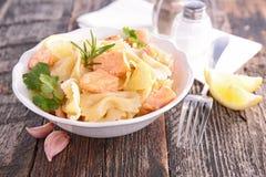 Pasta och lax Fotografering för Bildbyråer