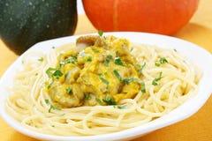 Pasta with pumpkin sauce Royalty Free Stock Photos