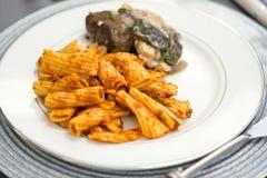 Pasta rigatony con la salsa della carne Fotografia Stock