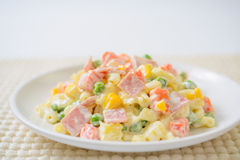 Pasta salad with ham And a variety of vegetables Royalty Free Stock Photos