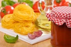 Free Pasta & Sauce Stock Photo - 10611870