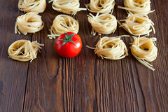 Pasta and sauce of fresh tomatoes Stock Photos