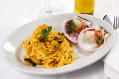 Pasta with scallops Royalty Free Stock Image
