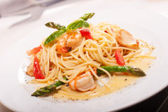 Pasta with seafoods. And asparagus Royalty Free Stock Images