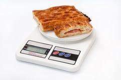 Pasta sfoglia sulla scala della cucina Fotografie Stock