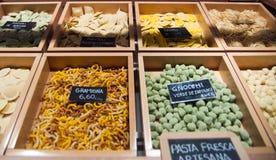 Pasta shoppar Fotografering för Bildbyråer