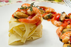 Pasta with shrimp Royalty Free Stock Photos