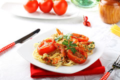 Pasta with shrimp, fresh tomatoes and parsley Royalty Free Stock Photo