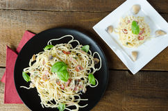 Pasta - spaghetti, basil, ham and leek Royalty Free Stock Images