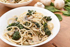 Pasta with Spinach and Mushrooms Stock Photography