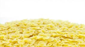 Pasta sulla tavola video d archivio