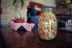 Pasta in un vaso di vetro Immagini Stock Libere da Diritti