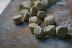Pasta usada en la fabricación de las bolas de masa hervida fotografía de archivo