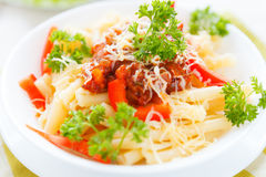 Pasta with vegetables and grated cheese Royalty Free Stock Photos
