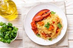 Pastaallt \ 'astice eller hummerspagetti royaltyfri foto