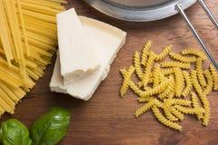 Pastas de cocinar mediterráneas de la comida italiana Imagen de archivo
