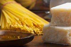 Pastas de cocinar mediterráneas de la comida italiana Imagen de archivo libre de regalías