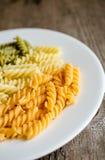Pastas de Fusilli Fotografía de archivo libre de regalías