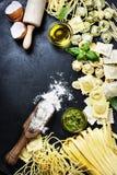 Pastas italianas frescas Fotos de archivo libres de regalías