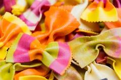 Pastas italianas hechas a mano tradicionales del farfalle Imagen de archivo