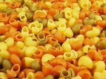 Pastas italianas multicoloras foto de archivo libre de regalías