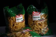 Pastas Tortiglioni, marca del palo del presupuesto fotografía de archivo