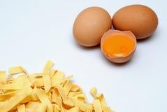 Pastas y huevo Foto de archivo libre de regalías