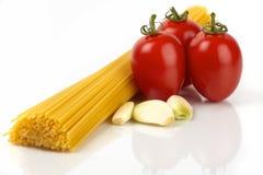 Pastas y tomates Imagen de archivo libre de regalías