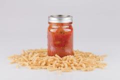 Paste e salsa di spaghetti immagine stock libera da diritti