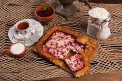 Pastei op de lijst met voedselreeks Stock Afbeeldingen