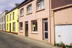 Pastel colored homes in Eyeries Village, West Cork, Ireland Stock Photo