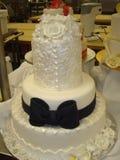 Pastel de bodas de la competencia Fotografía de archivo