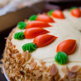 Pastel de capas de la zanahoria Foto de archivo