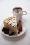 Pastel de queso de la almendra imagenes de archivo
