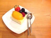 Pastel de queso de la baya Imagen de archivo libre de regalías