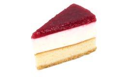 Pastel de queso de la fresa en el fondo blanco aislado Foto de archivo libre de regalías